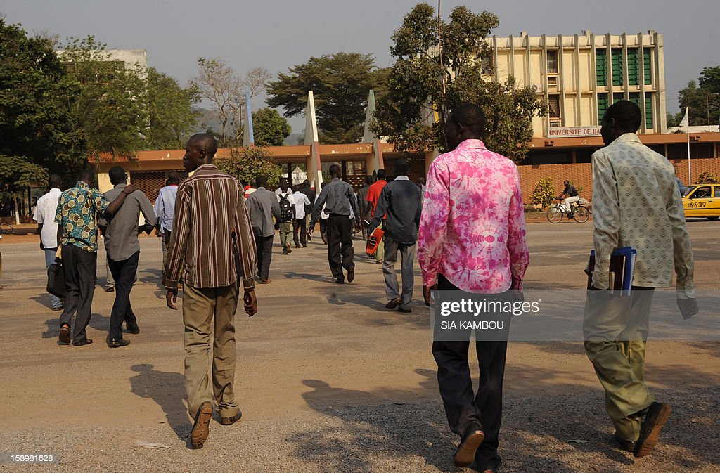 Chadian students leave after a meeting with journalists on the subject of the crisis in the region at Bangui university on January 4, 2013. AFP PHOTO/ SIA KAMBOU