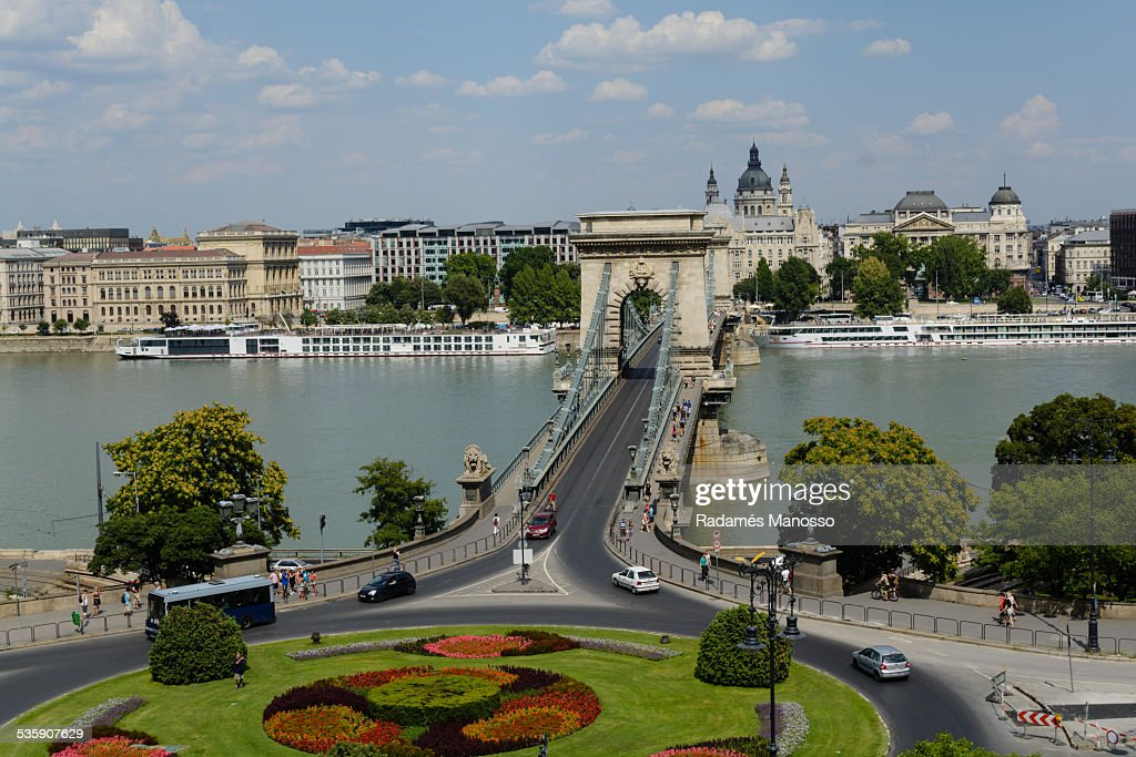 Chain bridge : Stock Photo