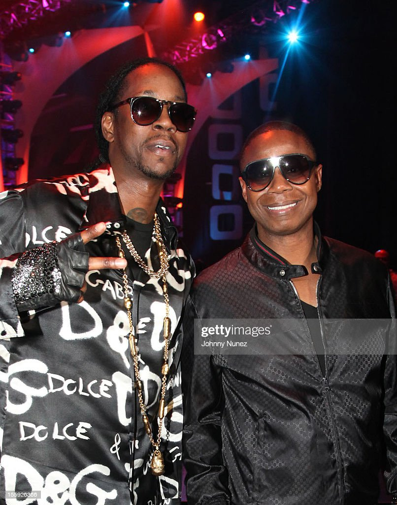 <a gi-track='captionPersonalityLinkClicked' href=/galleries/search?phrase=2+Chainz&family=editorial&specificpeople=8559144 ng-click='$event.stopPropagation()'>2 Chainz</a> and Doug E Fresh attend the 2012 Sould Train Awards at Planet Hollywood Casino Resort on November 8, 2012 in Las Vegas, Nevada.