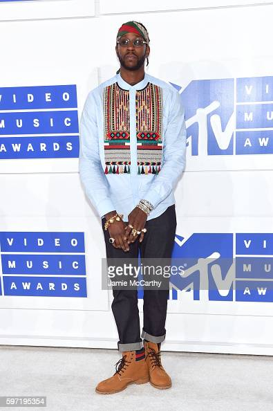 chainz-attends-the-2016-mtv-video-music-awards-at-madison-square-on-picture-id597195354