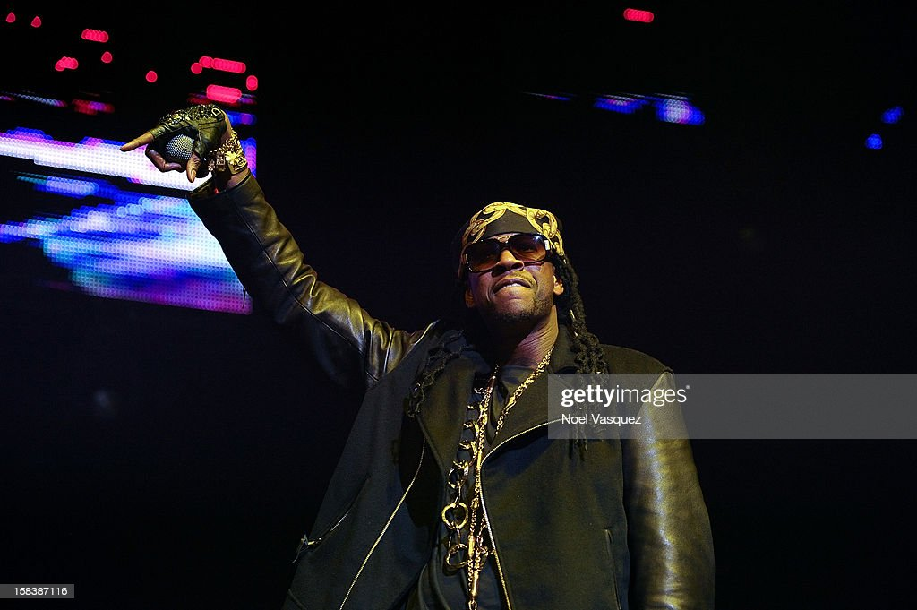 <a gi-track='captionPersonalityLinkClicked' href=/galleries/search?phrase=2+Chainz&family=editorial&specificpeople=8559144 ng-click='$event.stopPropagation()'>2 Chainz</a> performs at Power 106FM's Cali Christmas at Gibson Amphitheatre on December 14, 2012 in Universal City, California.