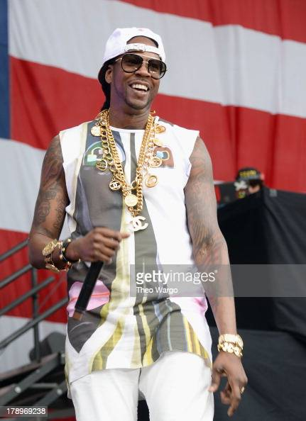 Chainz performs during the 2013 Budweiser Made In America Festival at Benjamin Franklin Parkway on August 31 2013 in Philadelphia Pennsylvania