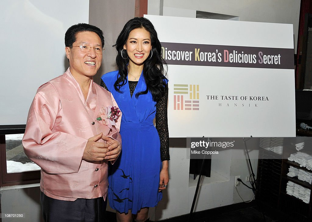 Emmy Award Winner Kelly Choi Hosts Korean Food Foundation Luncheon