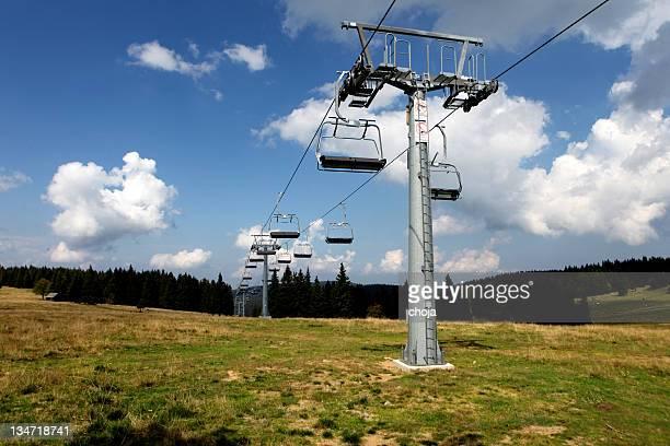 Télésiège en montagne Rogla, la Slovénie
