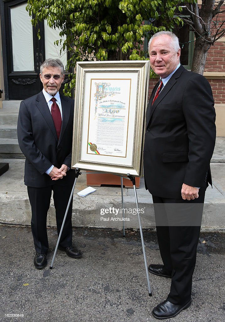 Chairman and CEO of Warner Bros. Entertainment Barry M. Meyer (L) and Los Angeles City Councilmen <a gi-track='captionPersonalityLinkClicked' href=/galleries/search?phrase=Tom+LaBonge&family=editorial&specificpeople=220711 ng-click='$event.stopPropagation()'>Tom LaBonge</a> (R) attend the presentation of the 2nd annual 'Made In Hollywood Award' to the crew of the Oscar nominated film 'Argo' at Warner Bros. Studios on February 21, 2013 in Burbank, California.