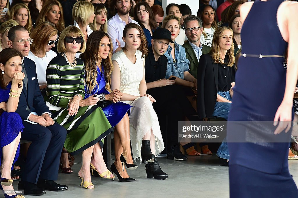 Chairman and chief executive of Condé Nast International Jonathan Newhouse artistic director for Conde Nast Anna Wintour and actresses Sarah Jessica...