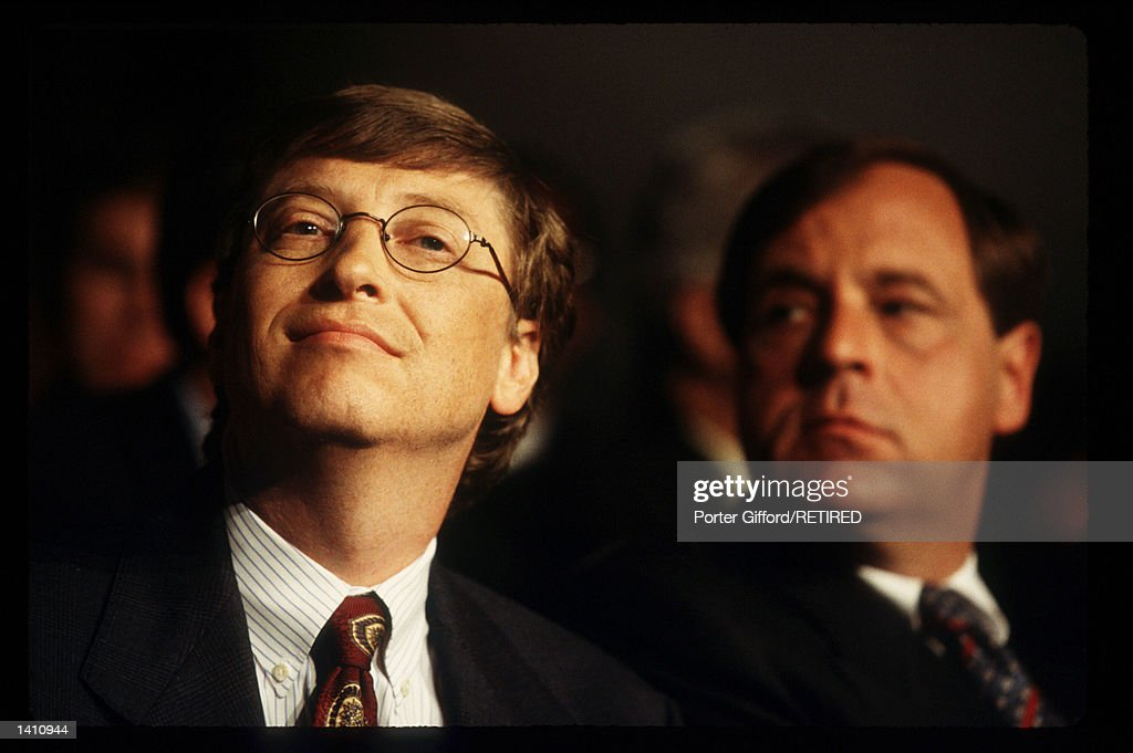 Chairman and Chief Software Architect of Microsoft Corporation Bill Gates attends an Antitrust press conference May 5 1998 in New York City Gates...