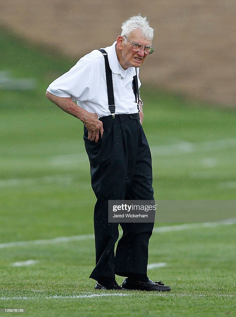 Chairman Emeritus <a gi-track='captionPersonalityLinkClicked' href=/galleries/search?phrase=Dan+Rooney&family=editorial&specificpeople=725695 ng-click='$event.stopPropagation()'>Dan Rooney</a> of the Pittsburgh Steelers watches training camp on July 29, 2011 at St Vincent College in Latrobe, Pennsylvania.