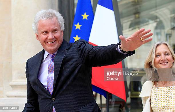 Chairman of the board and CO of the american conglomerate General Electric Jeffrey R Immelt and General Electric CO for Europe Clara Gaymard leave...
