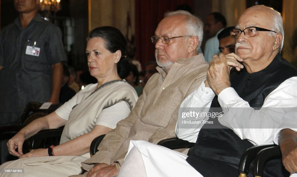 'NEW DELHI, INDIA - SEPTEMBER 29: UPA Chairperson and Congress President Sonia Gandhi (L) and BJP leader L K Advani (R) during the swearing in ceremony of Justice Altamas Kabir as the 39th Chief Justice of India at Rashtrapati Bhavan on September 29, 2012 in New Delhi, India. (Photo by Mohd Zakir/Hindustan Times via Getty Images)'