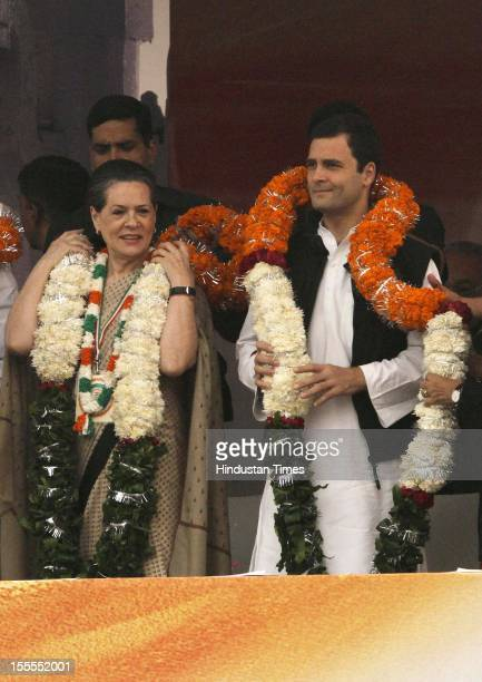 Chairperson Sonia Gandhi and party's General Secretary Rahul Gandhi receive garlands during the Congress Maharally at Ram Lila Maidan on November 04...