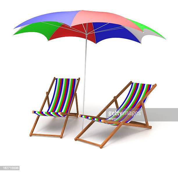 Stühle und Sonnenschirm