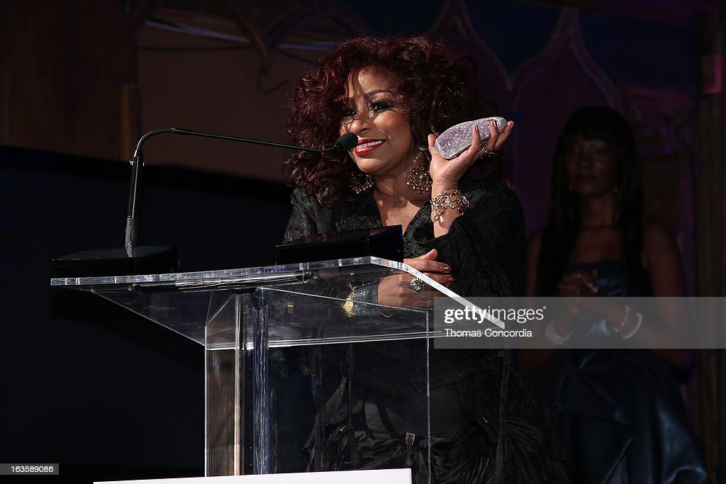 <a gi-track='captionPersonalityLinkClicked' href=/galleries/search?phrase=Chaka+Khan&family=editorial&specificpeople=208691 ng-click='$event.stopPropagation()'>Chaka Khan</a> accepting an award at the Rock Art Love Ball on March 12, 2013 in New York City.