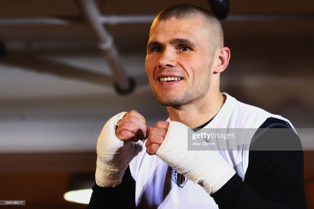 Challenger Martin Murray of Great Britain exercises during a public training session on November 29, 2011 in Mannheim, Germany. WBA middleweight champion Felix Sturm will defend his title against Murray on December 02.