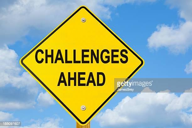 Herausforderungen vor Ihnen Autobahn-Schild