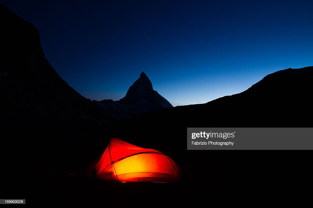 Chambre avec vue. Lac Riffelsee, Zermatt : Stock Photo