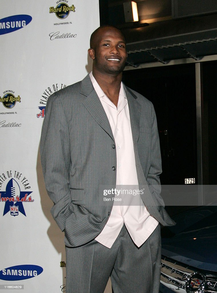 Champ Bailey, Defensive Back for the Denver Broncos and honoree at the NFL Alumni Player of the Year Awards at the Hard Rock Casino in Hollywood, Florida on February 2, 2007.