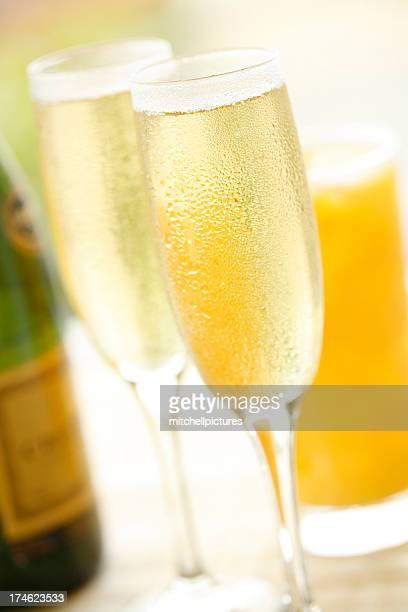 Petit déjeuner au Champagne