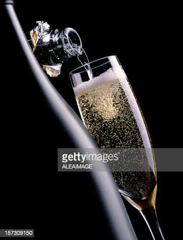 Champagne in black 3