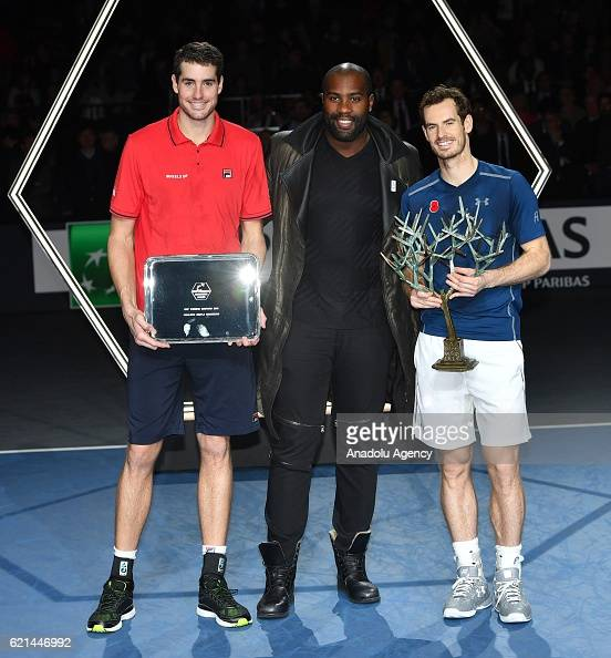 ¿Cuánto mide Teddy Riner? - Real height Champion-andy-murray-and-the-runner-up-john-isner-pose-with-judoka-picture-id621446992?s=594x594