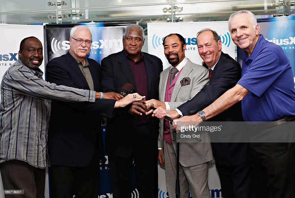 197273 NBA Champion New York Knicks teammates Earl 'The Pearl' Monroe Phil Jackson Willis Reed Walt 'Clyde' Frazier Senator Bill Bradley and Jerry...