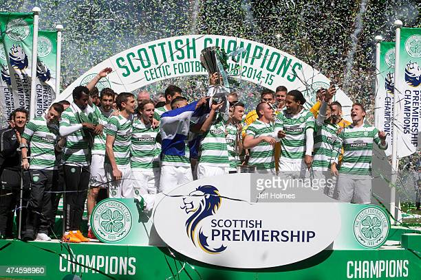 Champions Celtic lift the trophy after winning the Scottish Premiership Match between Celtic and Inverness Caley Thistle at Celtic Park on May 24...