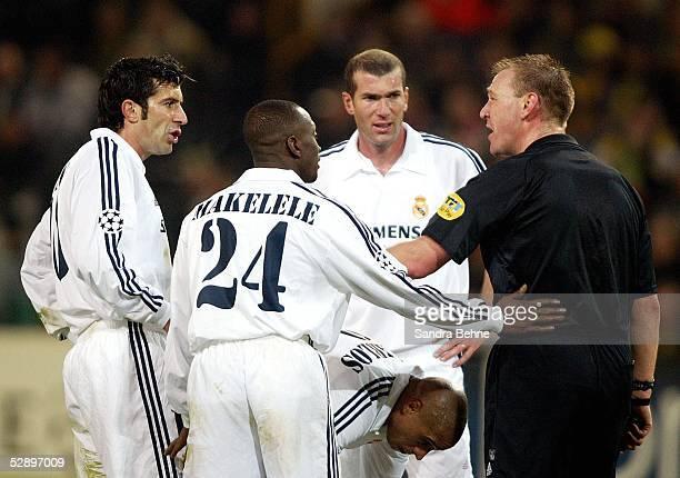 Champions League 02/03 Dortmund Borussia Dortmund Real Madrid 11 vl Luis FIGO Claude MAKELELE Zinedine ZIDANE Roberto CARLOS/Madrid und...