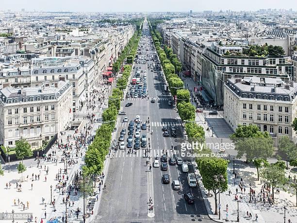 Champs Elysées perspective