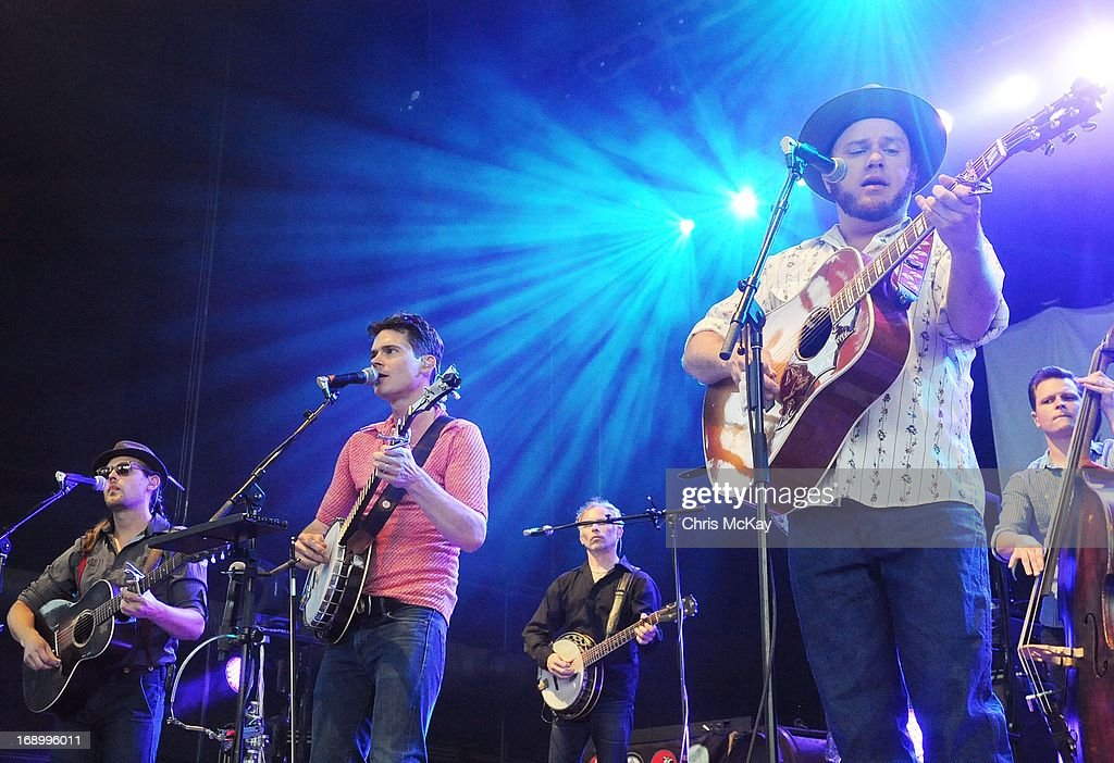 Chance McCoy, Ketch Secor, Kevin Hayes, Critter Fuqua, and Morgan Jahnig of Old Crow Medicine Show perform at Verizon Wireless Amphitheater on May 17, 2013 in Alpharetta, Georgia.
