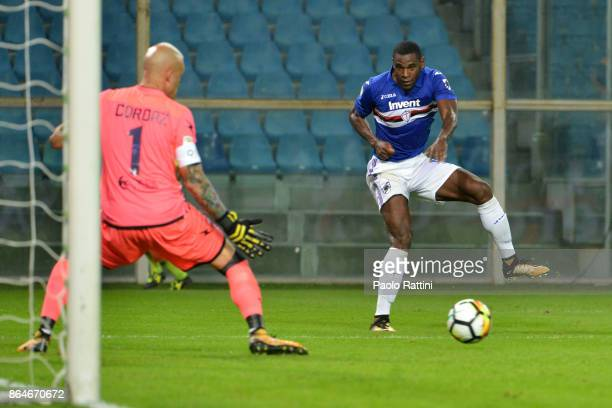 Chance of goal for Duvan Zapata during the Serie A match between UC Sampdoria and FC Crotone at Stadio Luigi Ferraris on October 21 2017 in Genoa...