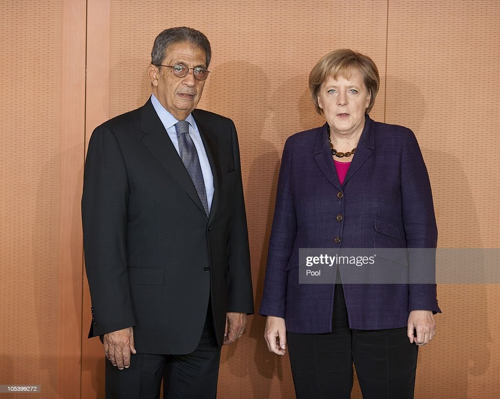Chancellor <a gi-track='captionPersonalityLinkClicked' href=/galleries/search?phrase=Angela+Merkel&family=editorial&specificpeople=202161 ng-click='$event.stopPropagation()'>Angela Merkel</a> welcomes Amre Moussa, Secretary General of the League of Arab States, for a meeting at the Chancellery (Bundeskanzleramt) on October 14, 2010 in Berlin, Germany.