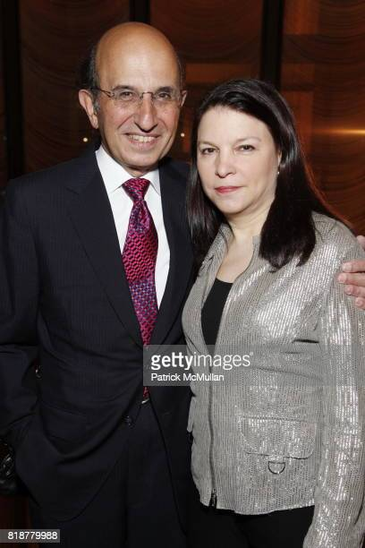 Chancellor Joel Klein and Nicole Seligman attend CANCER RESEARCH INSTITUTE'S 'Through The Kitchen' Party at The Four Seasons on April 25 2010 in New...