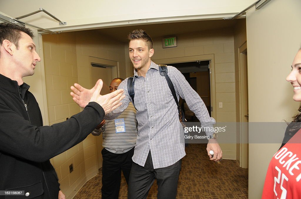 <a gi-track='captionPersonalityLinkClicked' href=/galleries/search?phrase=Chandler+Parsons&family=editorial&specificpeople=4249869 ng-click='$event.stopPropagation()'>Chandler Parsons</a> #25 of the Houston Rockets arrives before the game against the Orlando Magic on March 1, 2013 at Amway Center in Orlando, Florida.