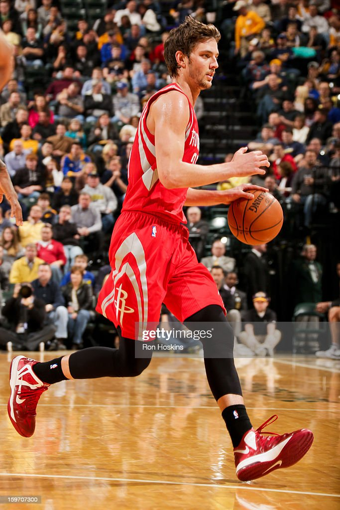 Chandler Parsons #25 of the Houston Rockets drives against the Indiana Pacers on January 18, 2013 at Bankers Life Fieldhouse in Indianapolis, Indiana.