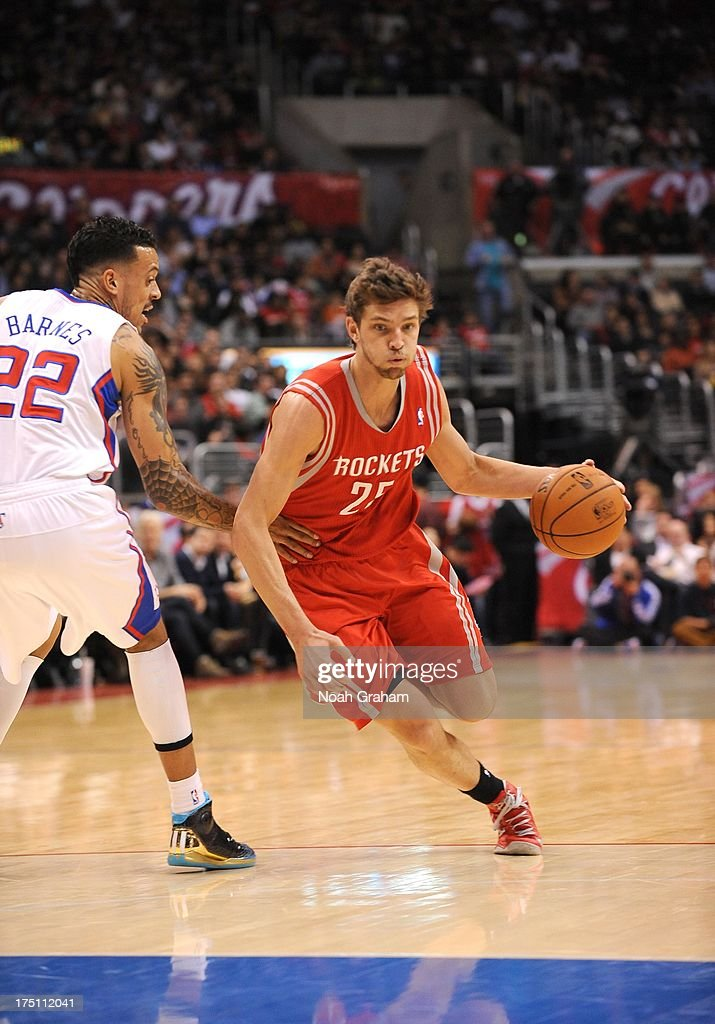 <a gi-track='captionPersonalityLinkClicked' href=/galleries/search?phrase=Chandler+Parsons&family=editorial&specificpeople=4249869 ng-click='$event.stopPropagation()'>Chandler Parsons</a> #25 of the Houston Rockets drives during the game between the Los Angeles Clippers and the Houston Rockets at Staples Center on February 13, 2013 in Los Angeles, California.