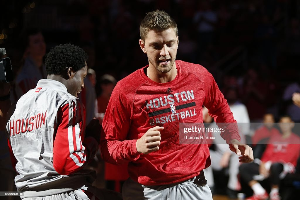 Chandler Parsons #25 of the Houston Rockets is introduced before playing against the New Orleans Pelicans in a preseason NBA game on October 5, 2013 at Toyota Center in Houston, Texas. The Pelicans won 116 to 115.