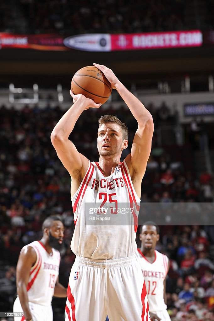 <a gi-track='captionPersonalityLinkClicked' href=/galleries/search?phrase=Chandler+Parsons&family=editorial&specificpeople=4249869 ng-click='$event.stopPropagation()'>Chandler Parsons</a> #25 of the Houston Rockets takes a free thrown against the Dallas Mavericks on March 3, 2013 at the Toyota Center in Houston, Texas.