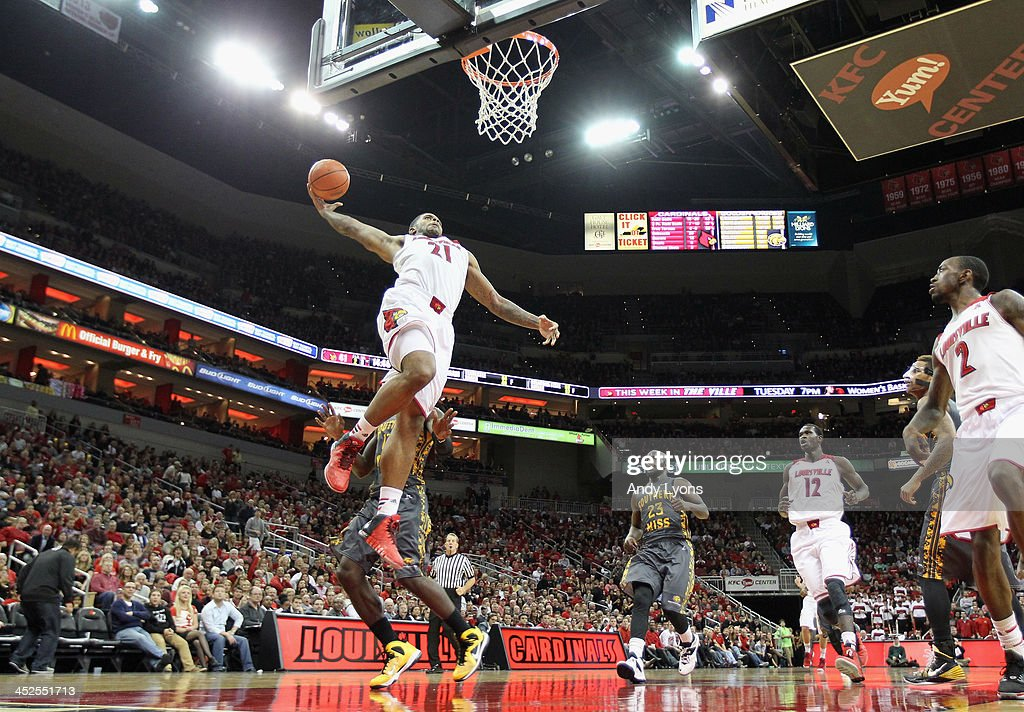 Chane Behanan #21 of the Louisville Cardinals shoots the ball during the game against the Southern Mississippi Golden Eagles at KFC YUM! Center on November 29, 2013 in Louisville, Kentucky.