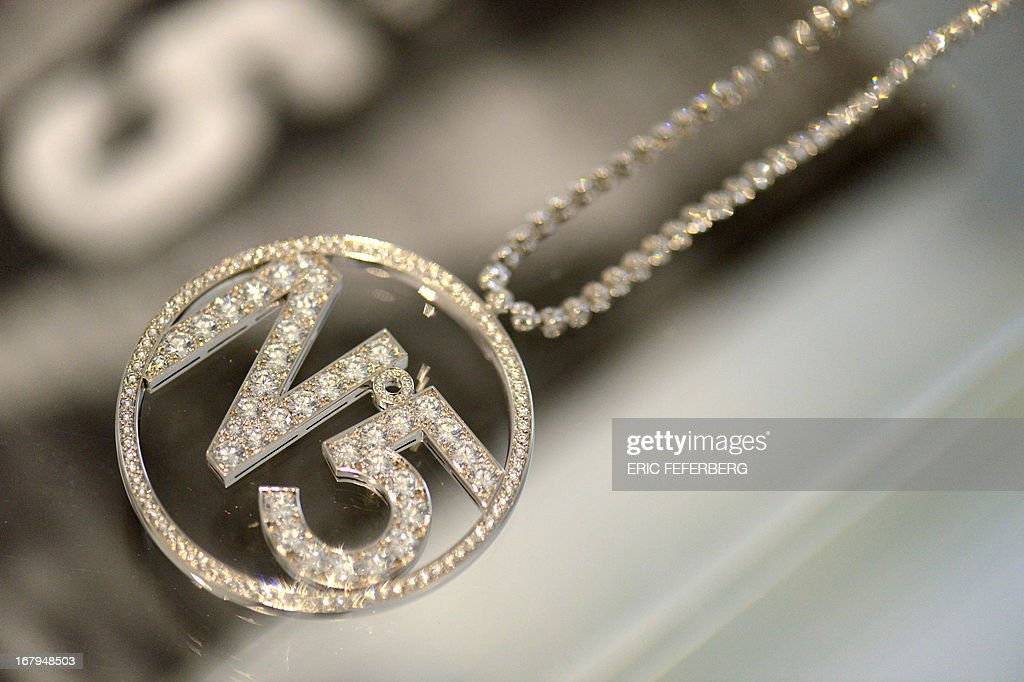 A 'Chanel' diamond necklace made especially for Nicole Kidman for the advertising spot of 'Chanel N°5 is displayed as part of the exhibition 'N°5 culture Chanel' at the Palais de Tokyo in Paris on May 3, 2013. AFP PHOTO / ERIC FEFERBERG