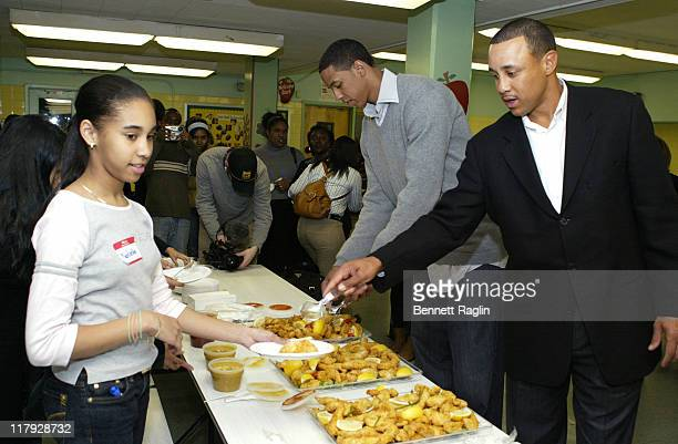 Channing Frye and John Starks with students