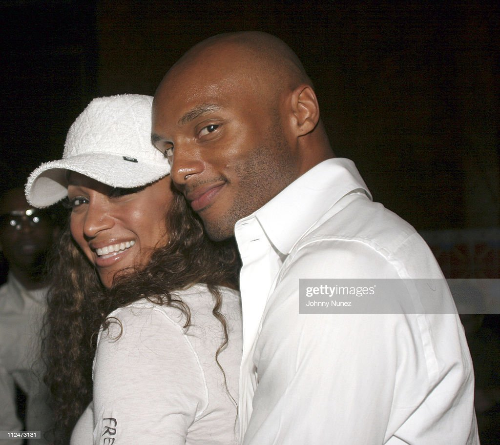 Chante Moore and Kenny Lattimore during Annual Phat Farm Party August 30 2005 at Little Buddha Bar in Las Vegas Nevada United States