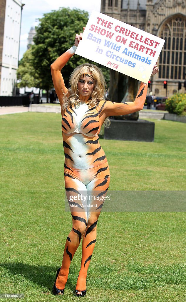Chantelle Houghton joins the PETA protest against Government Inaction to stop documented abuse of animals and their decision not to ban wild animals...