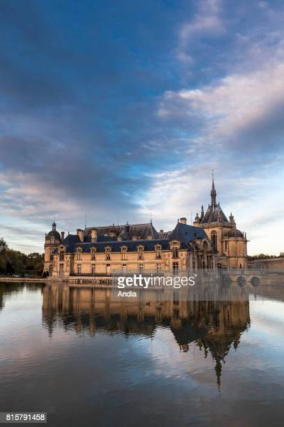 castle 'chateau de Chantilly'