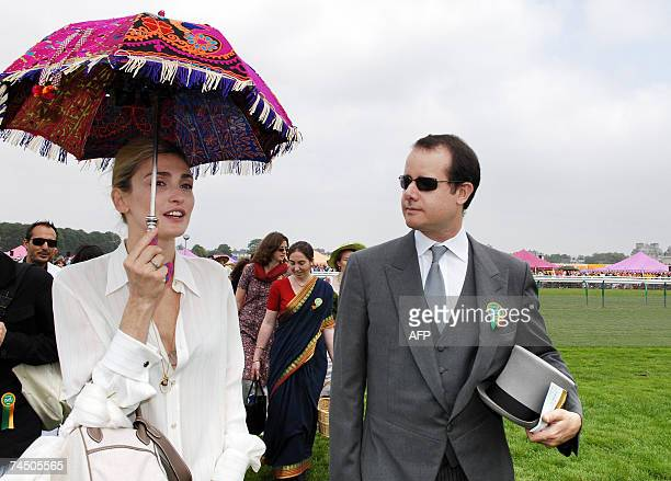 French actress Julie Gayet is seen prior the 157th Prix de Diane horse racing 10 June 2007 in Chantilly near Paris Italian Frankie Dettori became the...