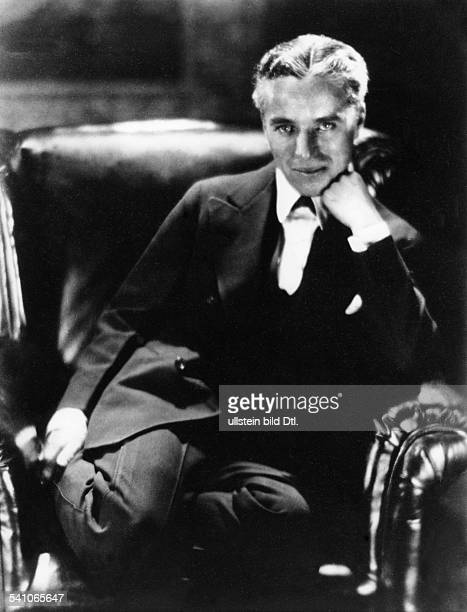 Chaplin Charlie Actor film director Great Britain *16041889 around 1920 Vintage property of ullstein bild