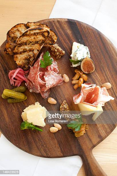 Charcuterie tasting platter w/nuts, fruit, cheese