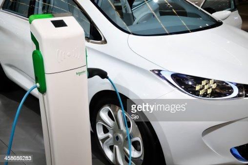 Charging Renault Zoe