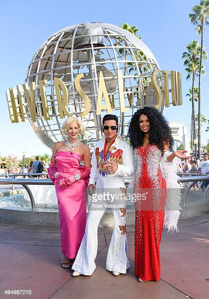 Charissa Thompson Mario Lopez and Tracey Edmonds attend 'Extra' at Universal Studios Hollywood on October 30 2015 in Universal City California