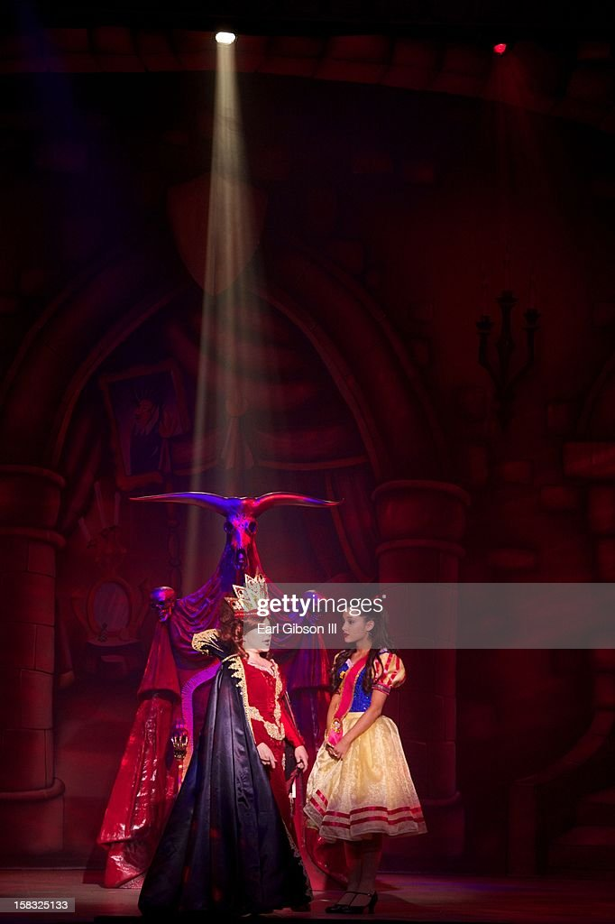 <a gi-track='captionPersonalityLinkClicked' href=/galleries/search?phrase=Charlene+Tilton&family=editorial&specificpeople=216512 ng-click='$event.stopPropagation()'>Charlene Tilton</a> (The Wicked Queen) and <a gi-track='captionPersonalityLinkClicked' href=/galleries/search?phrase=Ariana+Grande&family=editorial&specificpeople=5586219 ng-click='$event.stopPropagation()'>Ariana Grande</a> (Snow White) perform 'A Snow White Christmas' at the Pasadena Playhouse on December 12, 2012 in Pasadena, California.