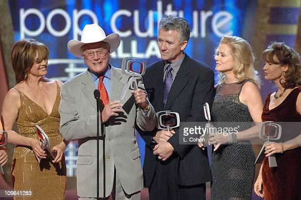 Charlene Tilton Linda Gray Larry Hagman Patrick Duffy and Sheree J Wilson winners of the Pop Culture Award for 'Dallas'